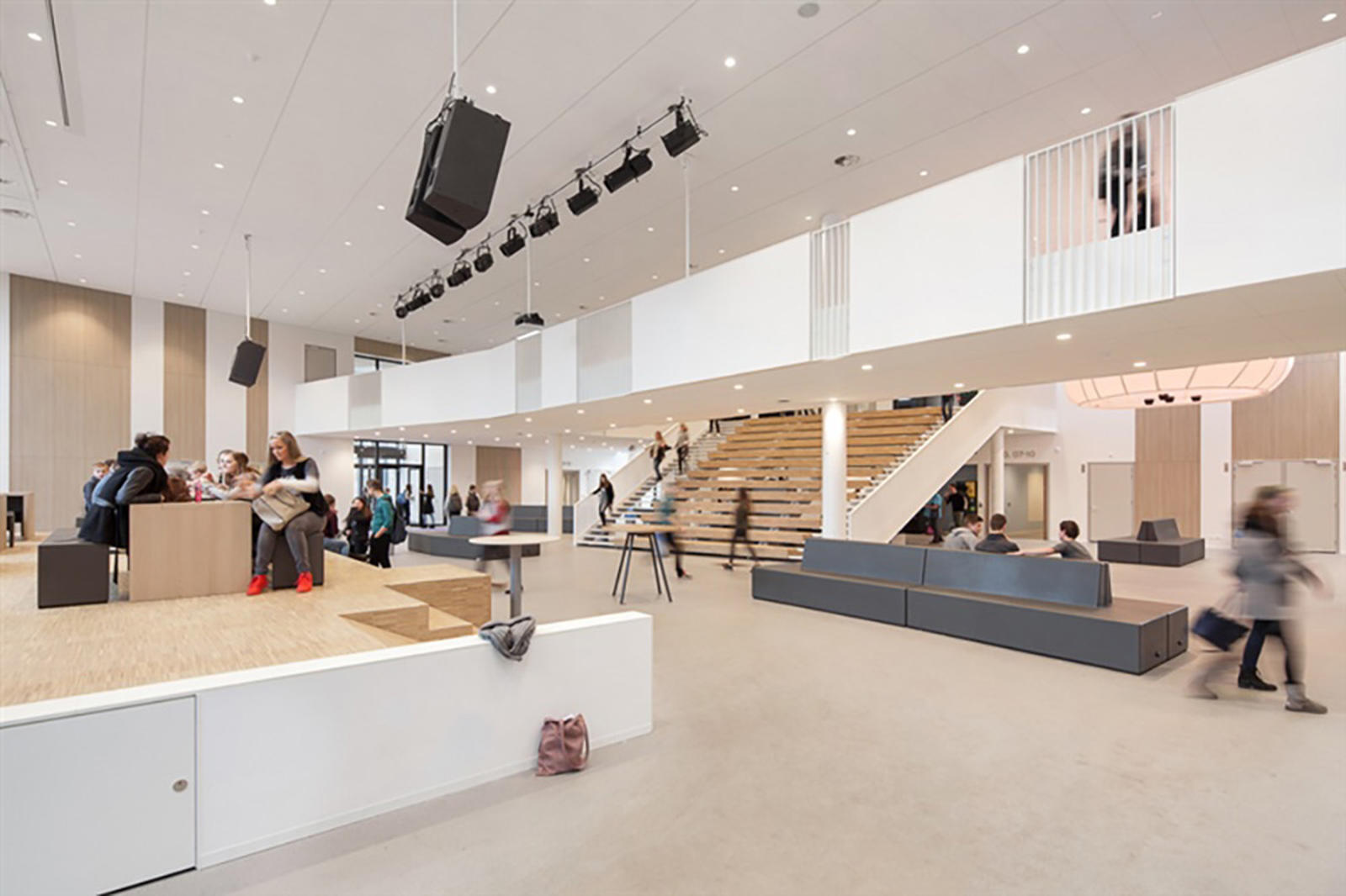 Carmel College - Stooff Interior projects